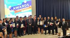 Ms. Elizabeth T. Alba of TYKFI, Acting Chief Justice Antonio T. Carpio, and retired Chief Justice Artemio V. Panganiban with the Legal Scholarship Program Awardees for SY 2017-2018