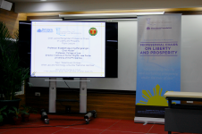 """Professor Elizabeth Aguiling-Pangalangan's lecture titled """"Parents and Children: When Law and Technology Unbundle Traditional Identities"""""""