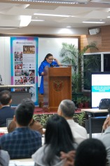 UP College of Law Professor Elizabeth Aguiling-Pangalangan delivering her lecture