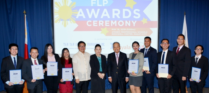 Gov. Tetangco, Mrs. Prieto, and Retired CJ Panganiban with 4th year scholars AY 2018-2019