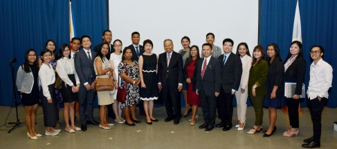 Tan Yan Kee Foundation Executives and Retired Chief Justice Artemio V. Panganiban with the FLP Scholars